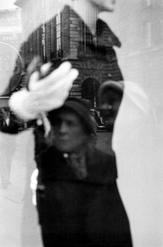 Foto di  Sergio Larrain - Copyright Magnum Photo