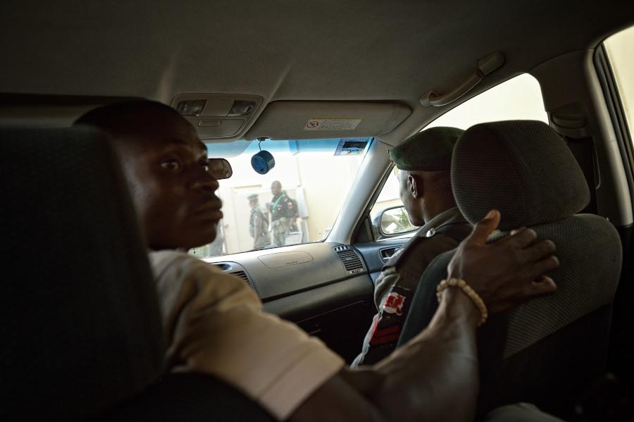 Beh alcuni giorni prima che mi arrivassero i visti sul passaporto la Nigeria fu dichiarata ebola free e la