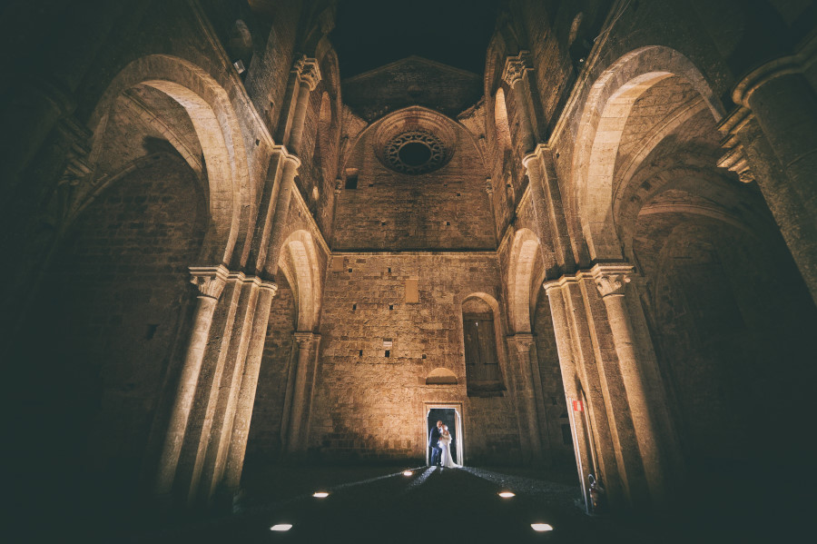 San Galgano night, cerimonia, ceremony, matrimonio, fotografia, fotografo, wedding, photographer, best, location, venue, San Galgano, luxury, notte, Chiusdino