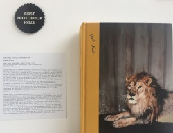 Paris Photo 2016, il primio 'First photobook' a Christopher Brown per il libro 'Libyan Sugar'