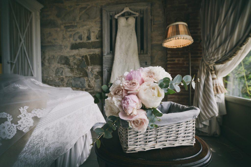 Matrimonio, Villa Le Fontanelle, Firenze, Fotografo, best wedding photographer, Florence, Tuscany, luxury, stunning, details bouquet