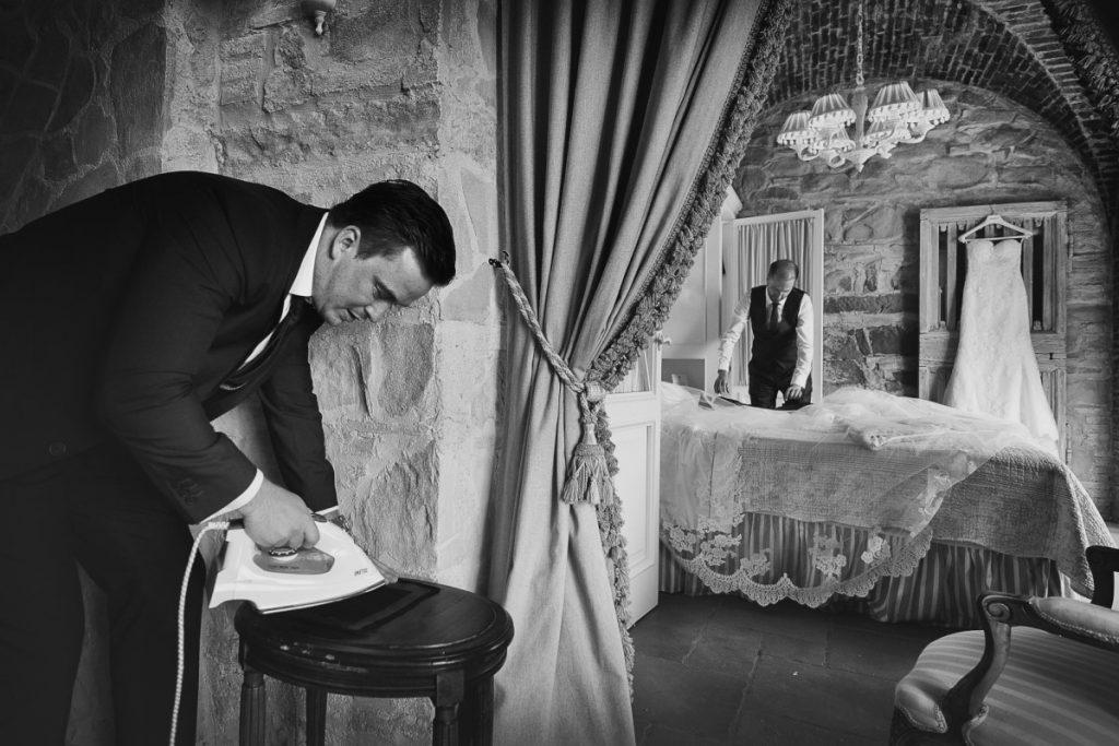 Matrimonio, Villa Le Fontanelle, Firenze, Fotografo, best wedding photographer, Florence, Tuscany, luxury, stunning, getting ready humor