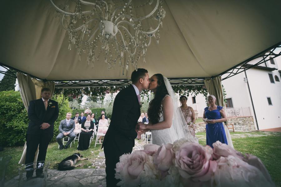 Fotografo di matrimonio, wedding photographer, Castello di Vicchiomaggio, Firenze, Florence, Tuscany, amazing location, stunning venue, luxury wedding, ceremony