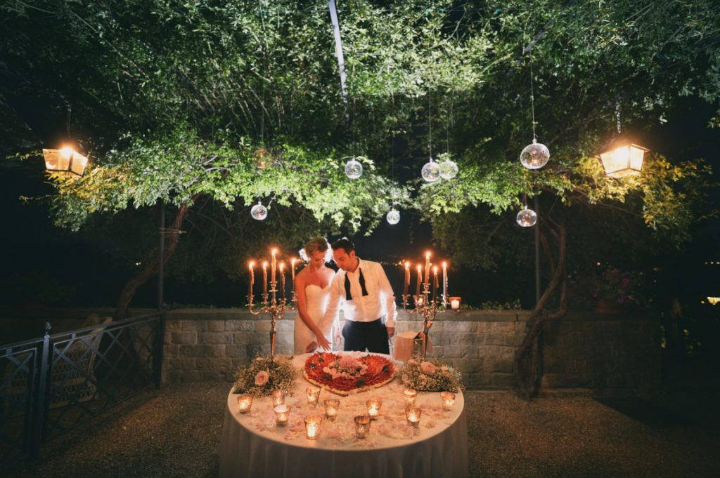 Matrimonio, Villa Le Fontanelle, Firenze, Fotografo, best wedding photographer, Florence, Tuscany, luxury, stunning, infrared, outdoor party, cake