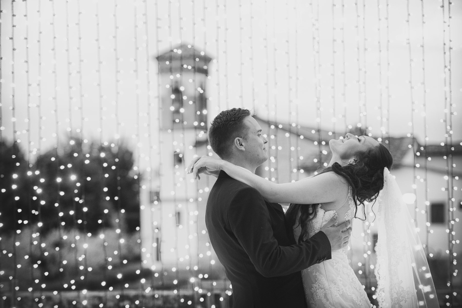 Fotografo di matrimonio, wedding photographer, Castello di Vicchiomaggio, Firenze, Florence, Tuscany, amazing location, stunning venue, luxury wedding, first dance