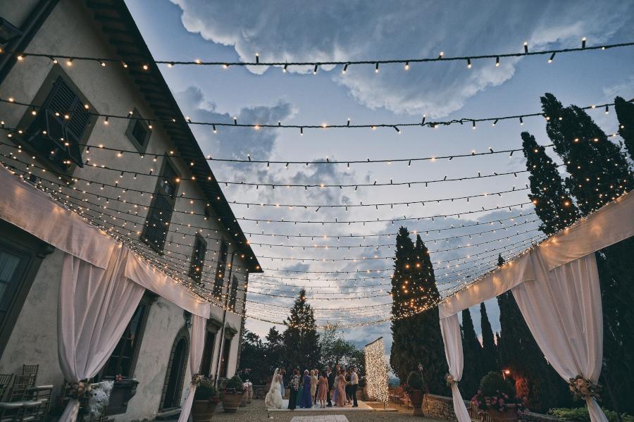 Fotografo di matrimonio, wedding photographer, Castello di Vicchiomaggio, Firenze, Florence, Tuscany, amazing location, stunning venue, luxury wedding, dance