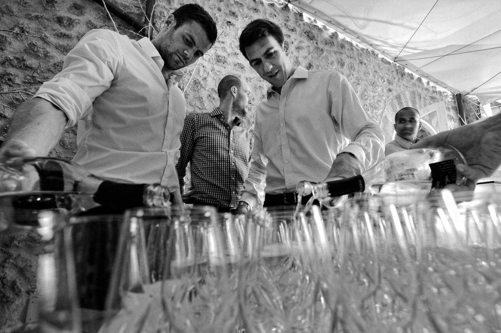 Nella tradizione anglosassone si beve un pochino - 'Just a bit' Prosecco