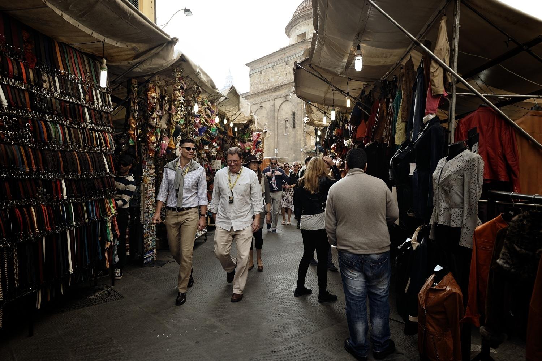 Nel mercato di Sant'Ambrogio - Walking in Sant'Ambrogio market