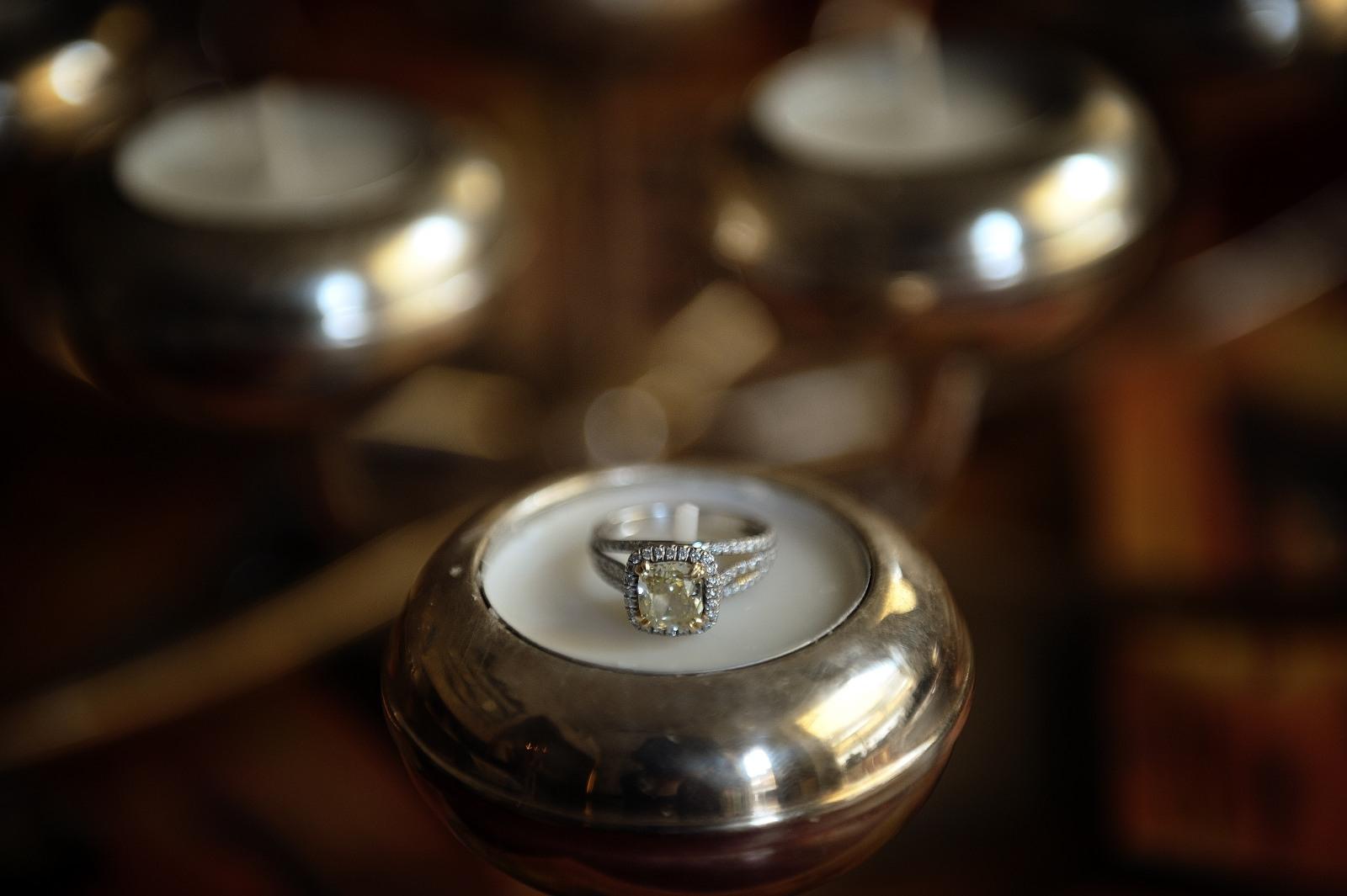L'anello di fidanzamento - the engagement's ring