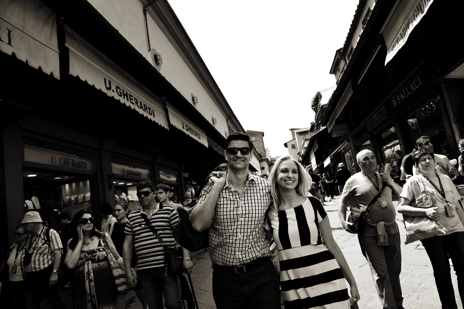 Passeggiando sul Ponte Vecchio - Walking on the Old Bridge